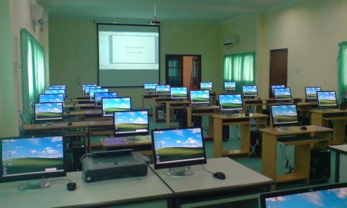 Tata Ruang Computer Laboratory dan Segala Aspek yang Harus Diperhatikan