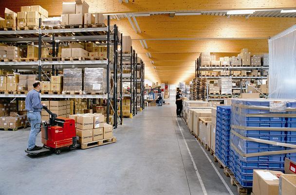 Perkembangan Perusahaan Logistik Di Indonesia 2016
